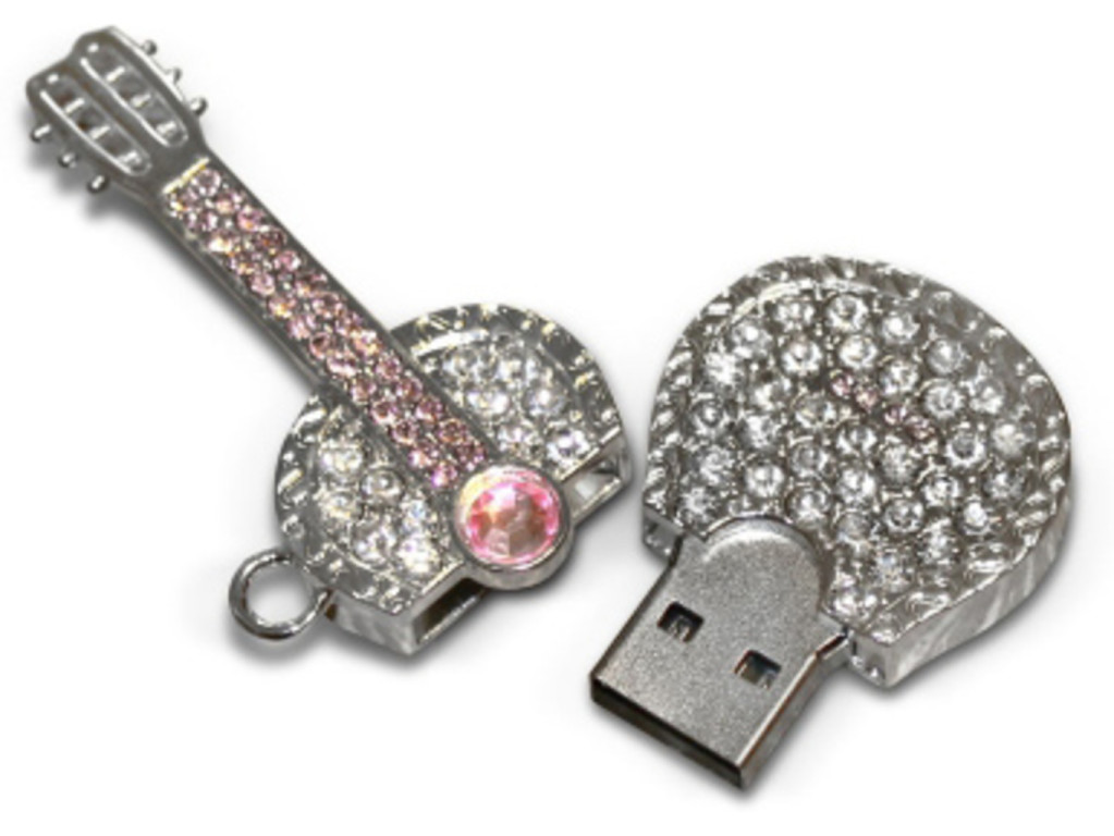 USB flash disk diamantová kytara 8 GB